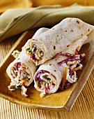 Cabbage, spring onions, carrots and mushroom wraps