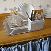 A drainer on a tray