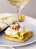Shrimps with mayonnaise on toast