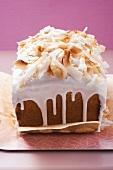 Coconut macaroon cake
