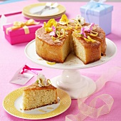 A lemon cake for Mother's Day