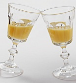 Two glasses of advocaat