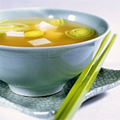 Miso soup with leeks and tofu