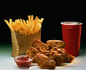 Chicken wings with chips and cola