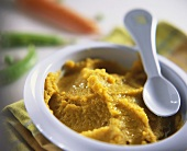 Carrot and pea puree for children
