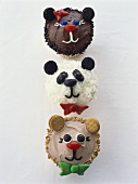 Cupcakes with amusing animal faces for children