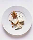 Blue cheese: Roquefort, Gorgonzola and Bleu d'Auvergne