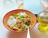Pasta con aglio, olio e peperoncino (Spicy pasta dish)