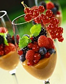 Cream caramel with fresh berries