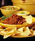 Chili con carne with tortilla chips