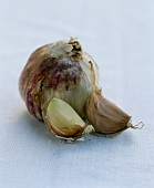 One garlic bulb and two garlic cloves