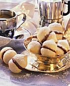 Meringues with espresso cream