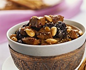 Veal tajine with almonds
