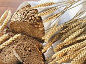 Bread with rolled oats and cereal ears