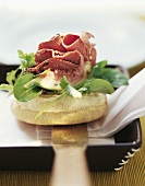Marinated duck breast with fig and coriander salad on toasties