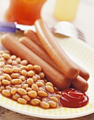 Frankfurters with baked beans