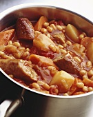 Sausage stew (sausages and baked beans, England)