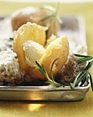 Potatoes baked in sea salt