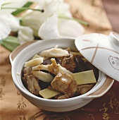 Rabbit stew with Sha Shen roots (China)
