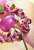 Easter wreath with Easter egg