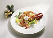 Salad with lobster claw and shrimps