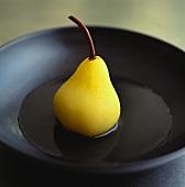 Eine pochierte Birne