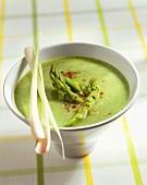 Asparagus soup with lemon grass
