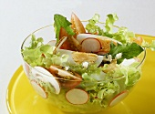 Salad with goat's cheese dressing