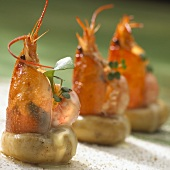 Decorative shrimp and mushroom snacks