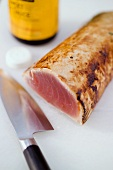 Seared tuna fillet (salad ingredient)