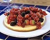 Key lime pie with fresh berries