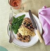 Kalbsschnitzel mit Sauce Bearnaise und Zuckerschoten
