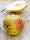 Whole pear and half a pear