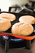 Toasting hamburger buns