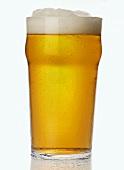 Ein Glas Lager-Bier, England
