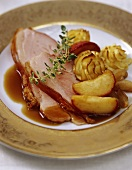 Roast ham with apples