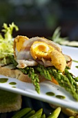 Green asparagus with quail's egg & pancetta (bacon) on toast