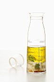 Vinaigrette in a measuring jug
