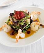Fruity salad with prawns