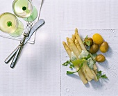 Asparagus parcel with chervil sauce and boiled potatoes