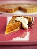 A piece of treacle tart (UK)