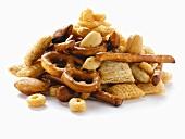 Knabberzeug (Salzgebäck, Nüsse, Cerealien)