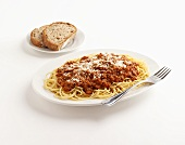 Spaghetti with Meat Sauce and Bread