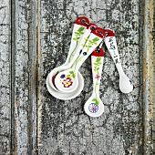 Ceramic Measuring Spoon Set with Painted Flowers