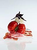 Tomatoes, bocconcini and prosciutto