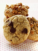 Peanut cookies and chocolate chip cookies