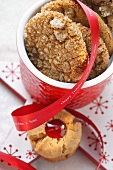 Ginger cookies and peanut cookies with red bow