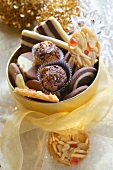 Two-colour cookies, chocolate truffles and florentines