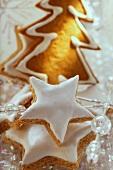 Cinnamon stars and gingerbread fir tree