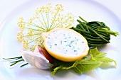 Schnittlauchsauce in ausgehöhlter Zitrone, Zutaten
